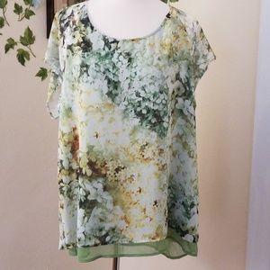 Green print flutter sleeve top